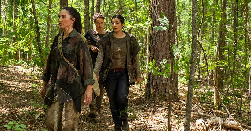 Alanna Masterson as Tara Chambler, Briana Venskus as Beatrice, Nicole Barre as Kathy - The Walking Dead _ Season 7, Episode 6 - Photo Credit: Gene Page/AMC